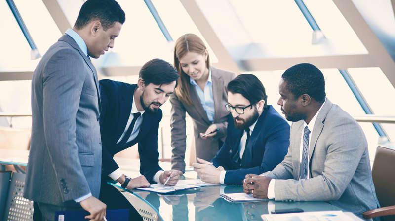 rasklad-taro-perspektivy-firmy